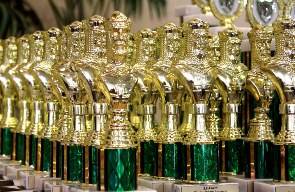 chess-king-trophies